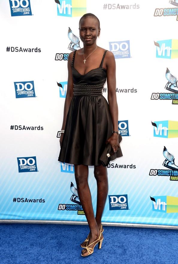 Наряди зірок на церемонії Do Something Awards. Фото: Jason Merritt/Getty Images