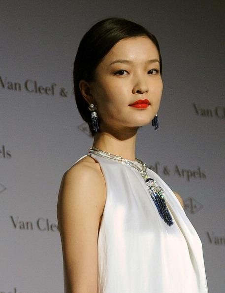 Новая коллекция Van Cleef & Arpels. Фото SAM YEH/AFP/Getty Images
