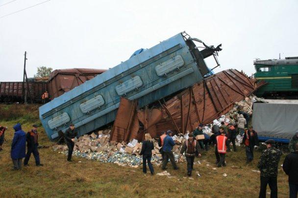Фото 4. Авария на 910 километре Одесской железной дороги. Фото: МНС