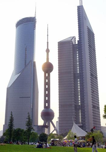 Oriental Pearl TV Tower в Шанхае (Китай). Фото: LIU JIN/AFP/Getty Images