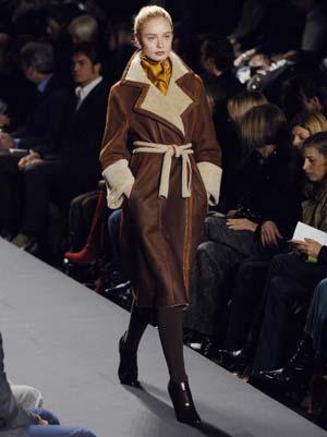 Колекція вбрання від модельєра Кенет Коул. Фото: STAN HONDA/AFP/Getty Images