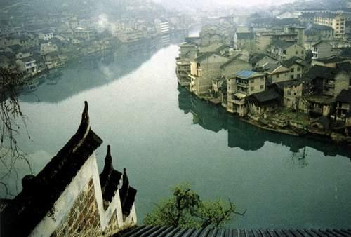 Китайське селище Чженьюань, яке в народі називають «Стародавнє селище Тайцзи». Китайська Народна Республіка. Фото: aboluowang.com