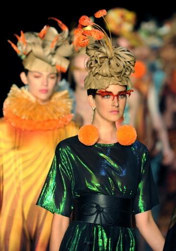 Весна-літо 2012: модні новинки сезону з Ріо! Фото: VANDERLEI ALMEIDA/AFP/Getty Images