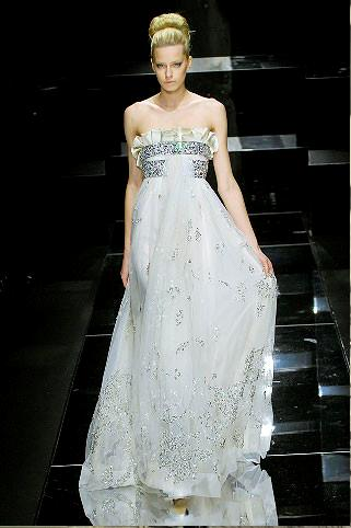 Великолепные и изысканные вечерние платья на мировом подиуме. Фото с secretchina.com