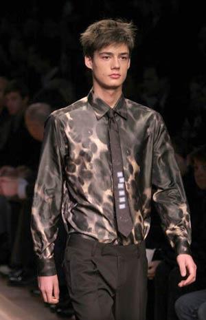 Колекція чоловічого одягу модельєра Роберто Каваллі. Фото: GIUSEPPE CACACE/AFP/Getty Images