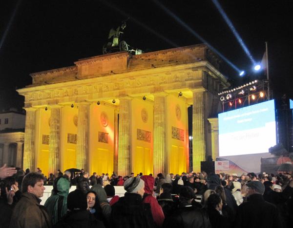 Берлинская стена – празднование 20-й годовщины её падения. Фото: Ирина ЛАВРЕНТЬЕВА/Великая Эпоха (The Epoch Times)