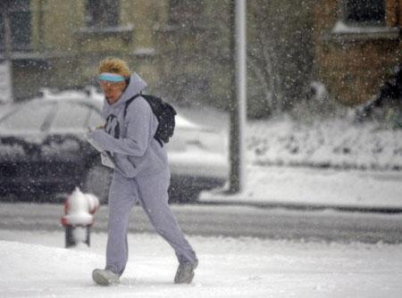 Милуоки. США. Зима не хочет уходить. 11 апреля 2007 года. Фото: Darren Hauck/Getty Images