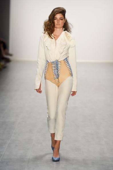 Шоу Marina Hoermanseder на Mercedes-Benz Fashion Week весна/лето 2015. Фото: Frazer Harrison/Getty Images