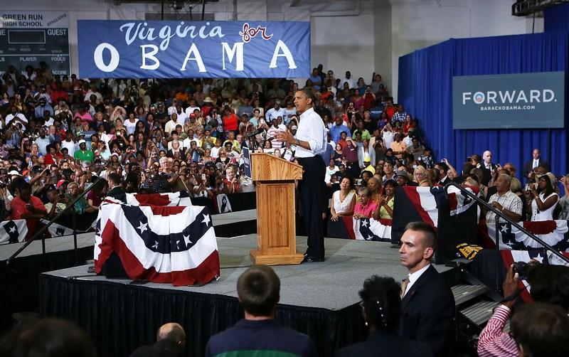 Вирджиния-Бич, США, 13 июля. Барак Обама рассказывает жителям о планах поддержки среднего класса страны. Фото: Alex Wong/Getty Images