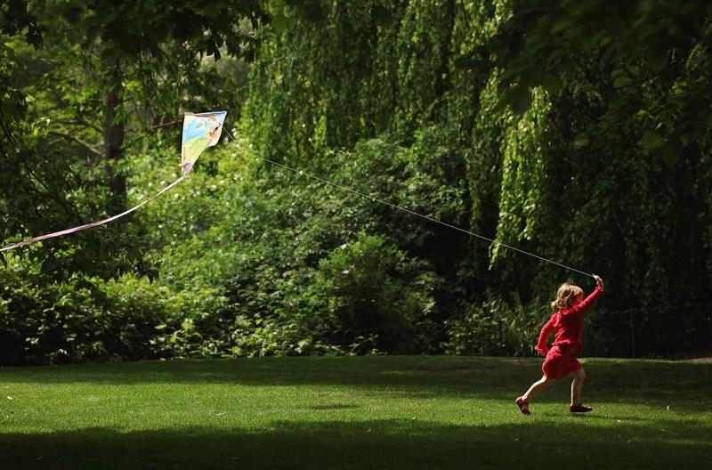 Лондон, Англия, 23мая. В Великобританию пришло тепло. Воздух прогрелся до 26 градусов по Цельсию. Фото: Dan Kitwood/Getty Images