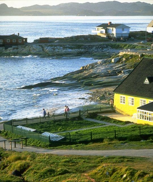 Дом основателя Нуука Ганса Эгеде, построенный в 1728 г. Фото: Greenland Tourism