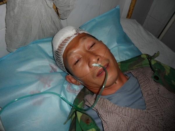 Избитые полицейскими крестьяне. Провинция Гуанси. Декабрь 2010 год. Фото с epochtimes.com