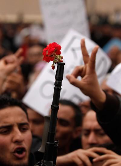 Cегодня у жителей Туниса последний день траура по погибшим в результате недавних волнений. Фото: Christopher Furlong/Getty Images