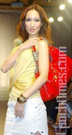 Женская сумка. Тенденция сезона Весна - Лето.фото: Хуан Цзунмао,The Epoch Times