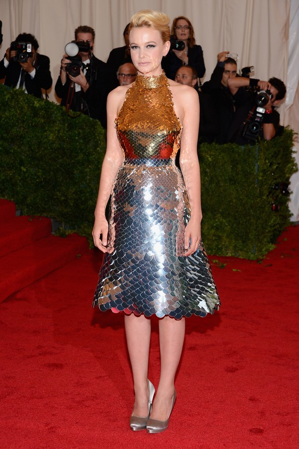 Актриса Кэри Маллиган в платье Prada. Фото: Dimitrios Kambouris/Getty Images