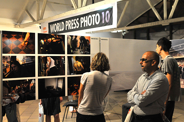 Международная фотовыставка «World Press Photo» открылась в Киеве 5 августа 2010 года. Фото: Владимир Бородин/The Epoch Times