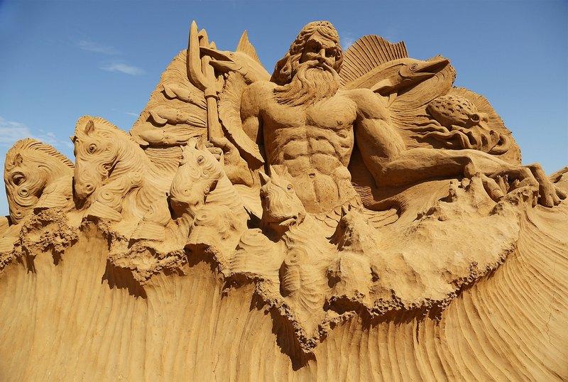 Франкстон, Австралія, 5січня. На пляжі відкрилась виставка піщаних скульптур «У глибинах моря». На фото — робота «Посейдон». Фото: Graham Denholm/Getty Images