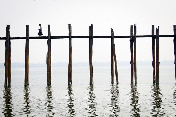 Тихое утро в Мандалае. Мьянма. Фото: Jocelyn Voo/travel.nationalgeographic.com