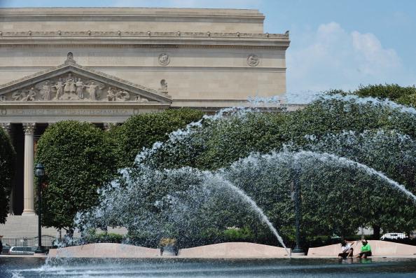 На восточное побережье США пришла сильнейшая жара. Фото: MANDEL NGAN/AFP/Getty Images