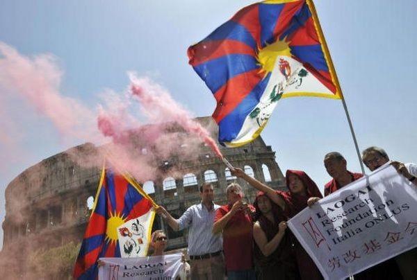 Акция протеста в Италии. 8 августа. Рим. Фото: GETTY IMAGES