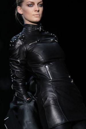 The Belstaff fashion show/жіноча колекція ready-to-wear осінь-зима 2007. Фото: Giuseppe Cacace/Getty Images