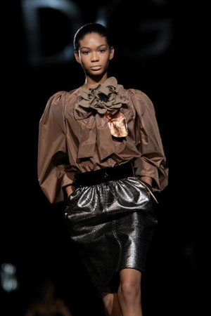 The Dolce & Gabbana: жіноча колекція ready-to-wear осінь-зима 2007. Фото: Giuseppe Cacace/Getty Images