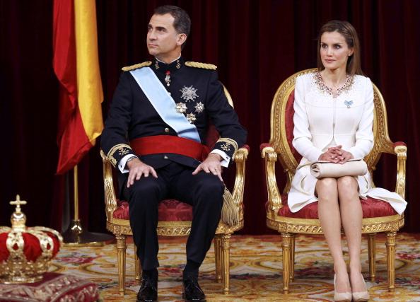 Король Испании Фелипе VI и его жена королева Летиция. Фото: Paco Campos/EFE — Pool Getty Images