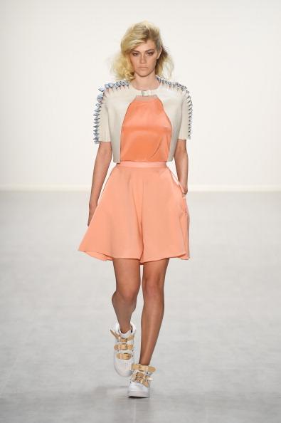 Шоу Marina Hoermanseder на Mercedes-Benz Fashion Week весна/літо 2015. Фото: Frazer Harrison/Getty Images