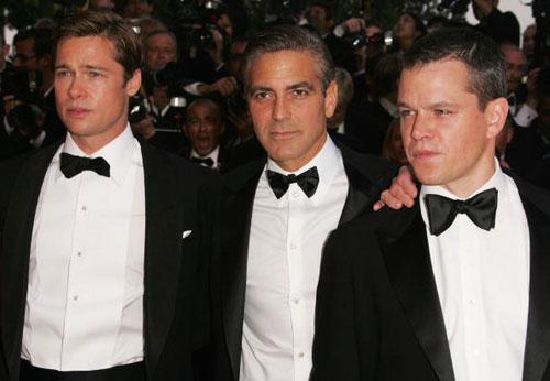 Брэд Питт, Джордж Клуни и Мэтт Деймон на премьере фильма «13 друзей Оушена во время 60-ого Каннского кинофестиваля 24 мая 2007 года. Фото: Peter Kramer/Getty Images