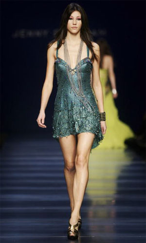 Jenny Packham/осень-зима 2007. Фото: Pascal Le Segretain/Getty Images