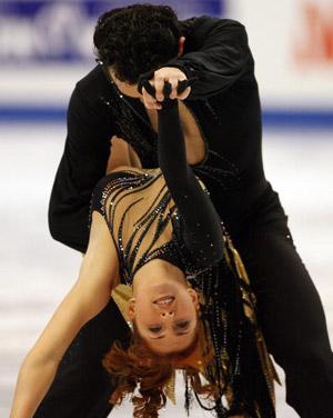 Російські фігуристи Jana Khokhlova і Sergei Novitski на чемпіонаті в Токіо. Фото: TOSHIFUMI KITAMURA/AFP/Getty Images