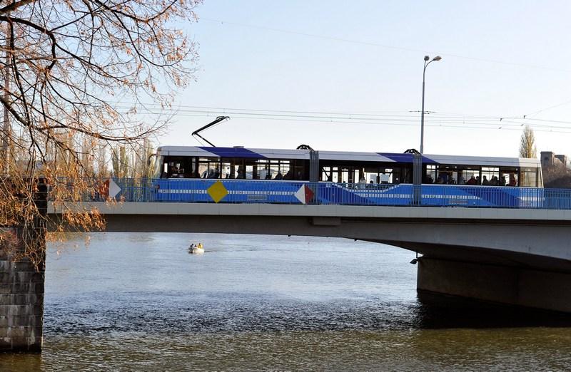 Міський трамвай у Вроцлаві. Фото: Claudio Villa/Getty Images