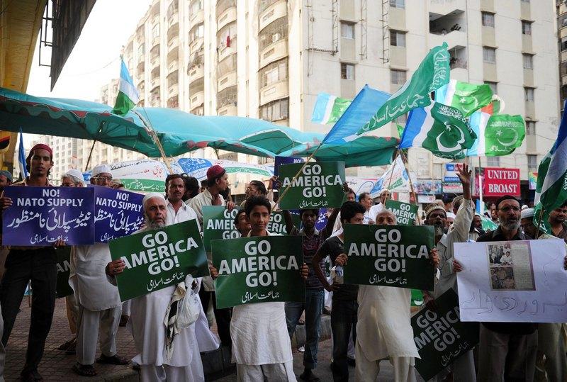 Карачі, Пакистан, 6 серпня. Жителі міста незадоволені посиленням присутності військ НАТО в країні. Фото: ASIF HASSAN/AFP/GettyImages