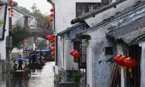 Селище на воді Чжоучжуан - «Китайська Венеція». Фото: China Photos/Getty Images