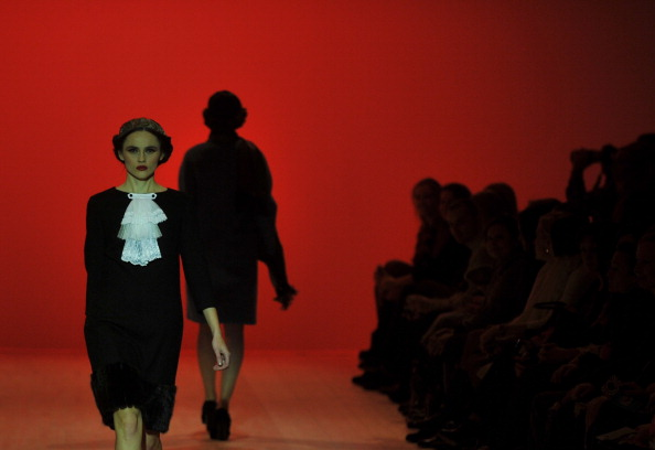 30-тий ювілейний Український тиждень моди (Ukrainian Fashion Week) проходить у Києві. Фото: SERGEI SUPINSKY/AFP/Getty Images