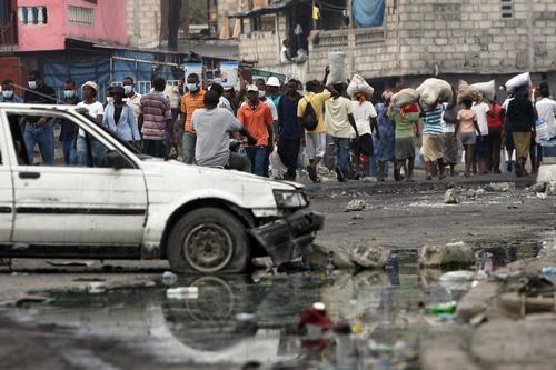 Холера на Гаїті забрала життя більше 2,4 тисячі осіб. Фото: HECTOR RETAMA/Getty Images