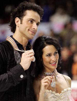 Срібні медалісти, пара з Канади Marie-France Dubreuil і Patrice Lauzon. Фото: TOSHIFUMI KITAMURA/AFP/Getty Images