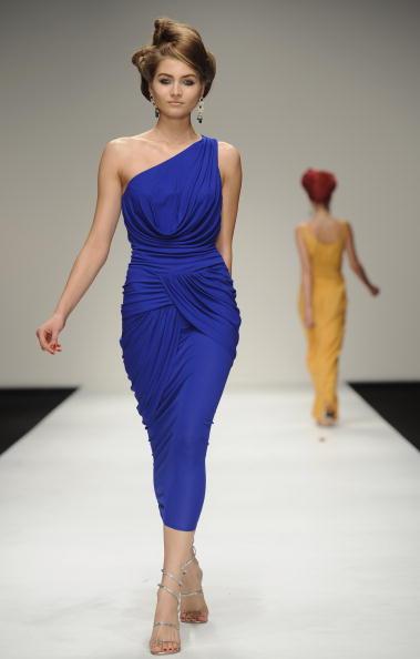 Презентація колекції Issa на Тижні моди 2011 в Лондоні. Фото Ian Gavan/Getty Images for Issa