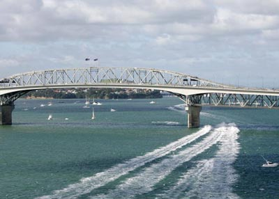 Оклендский мост. Фото: Sandra Mu/Getty Images
