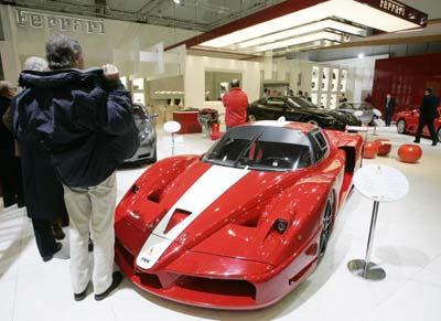 Нова модель автомобіля Феррарі (Ferrari Testarossa). Фото: Mark Renders/Getty Images