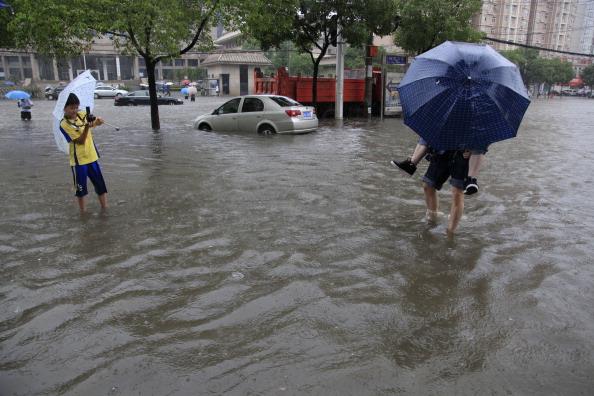 Наводнение в г. Ухань, провинция Хубэй. Фото: ChinaFotoPress/Getty Images