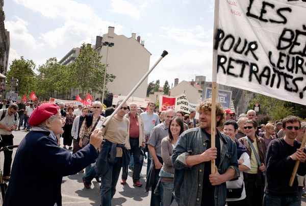 Французи страйкують проти пенсійної реформи. Фото: JOEL SAGET/AFP/Getty Images