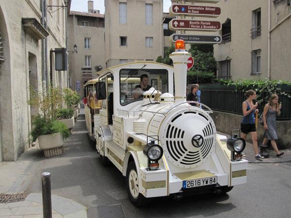 Туристический поезд, Avignon, FRANCE. Фото: Ирина Лаврентьева/Великая Эпоха