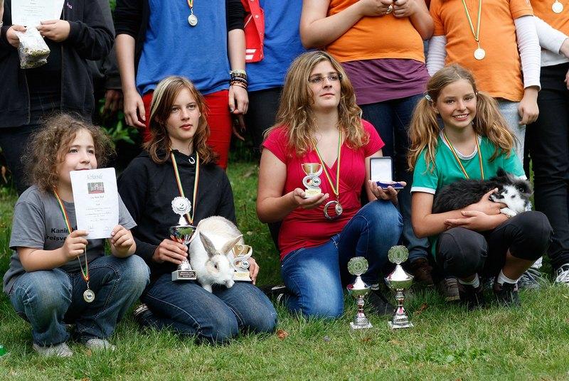 Счастливые победители соревнований. Фото: Ralph Orlowski/Getty Images