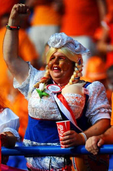 Голландський фан на матчі між Нідерландами та Данією в Харкові, Україна. Фото: Lars Baron/Getty Images