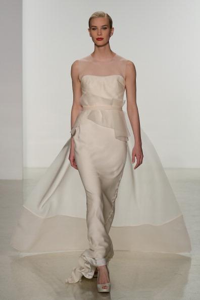 Колекція весільної моди весна 2015 від Amsale. Фото: Randy Brooke/Getty Images