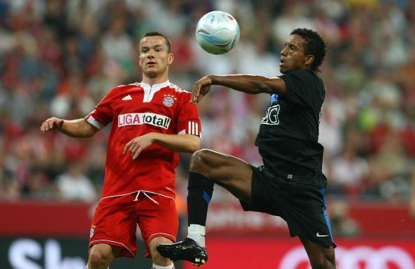 Нани,Александер Баумйоханн Бавария - Манчестер Юнайтед /Getty Images
