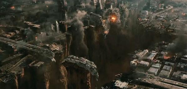 Кадры из фильма «2012». Фото с epcohtimes.com