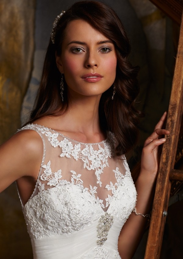 Весільні сукні Mori Lee. Фото: fashionbride.wordpress.com