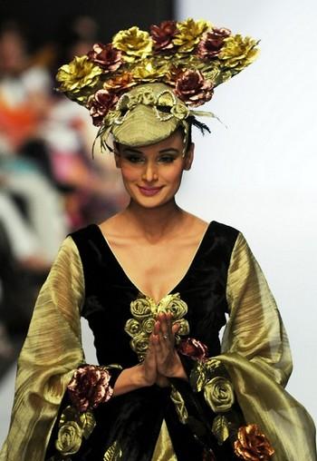Показ колекції на Тижні моди у Шрі-Ланці. Фото: Getty Images